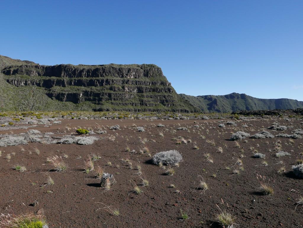 guide accompagnateur montagne volcan randonnée réunion